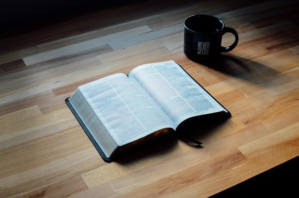 bibletable_zps8tfmjbiv
